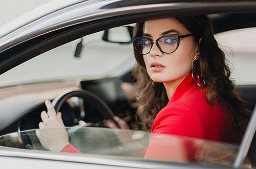 akiniai vairavimui